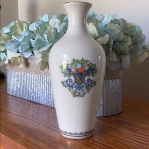 LENOX Autumn Collection Gold Trim Vase Like New